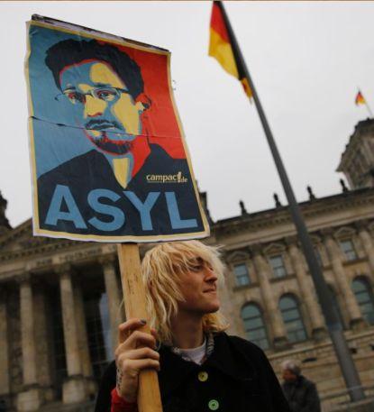 http://worldmeets.us/images/Bundestag-Snowden-Asylum_pic.jpg
