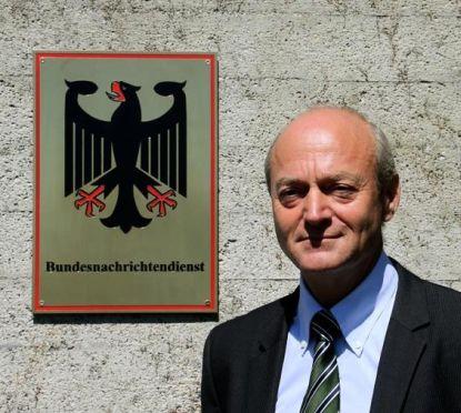 http://worldmeets.us/images/Gerhard-Schindler-BND_pic.jpg