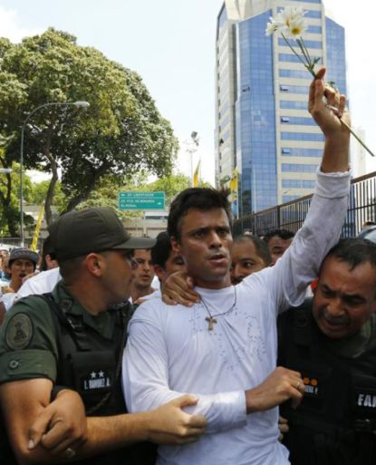 http://worldmeets.us/images/Leopoldo-Lopez-arrested_pic.jpg