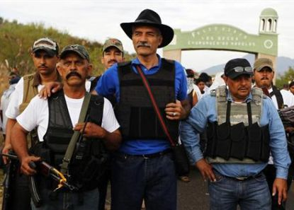 http://worldmeets.us/images/Michoacan-community-police_pic.jpg