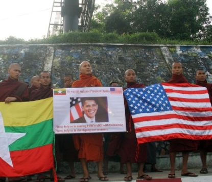 http://www.worldmeets.us/images/Obama-burma-monks_pic.jpg