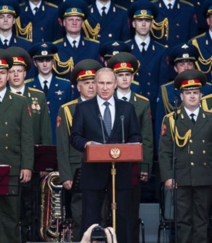 http://worldmeets.us/images/Putin-troops_pic.jpg