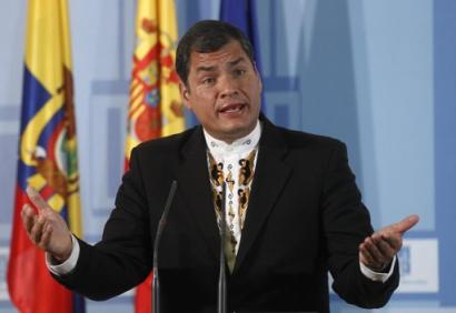 http://worldmeets.us/images/Rafael.Correa.explains_pic.png