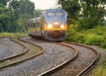 http://worldmeets.us/images/VIA-Rail-train_pic.png