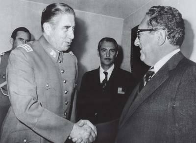 http://worldmeets.us/images/allende-kissinger-handshake_pic.png