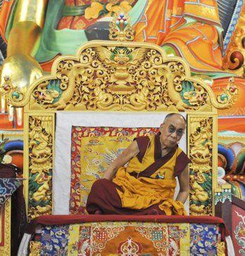 http://www.worldmeets.us/images/dalai.Yeunten.Ling.Institute_pic.jpg