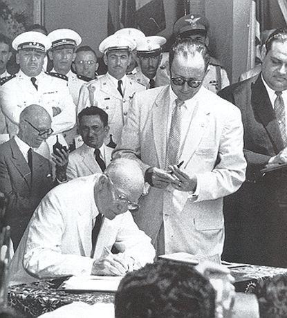 http://worldmeets.us/images/eisenhower-panama-summit-1956_pic.jpg