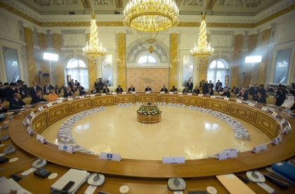http://worldmeets.us/images/g20-seating-russia_pic.png