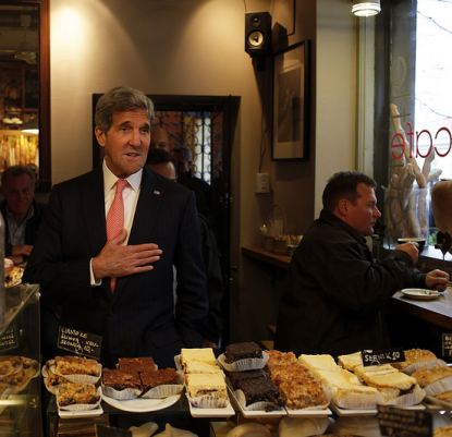 http://worldmeets.us/images/kerry-baggets-warsaw_pic.png