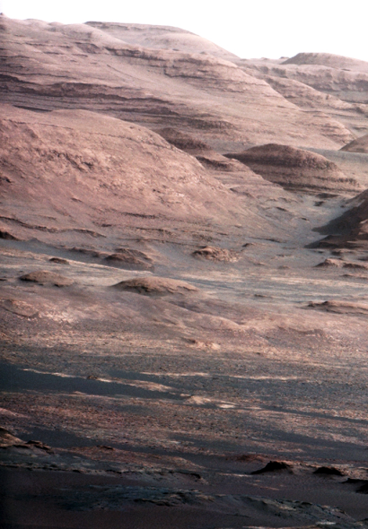 http://www.worldmeets.us/images/mars-curiosity-landscape_pic.png