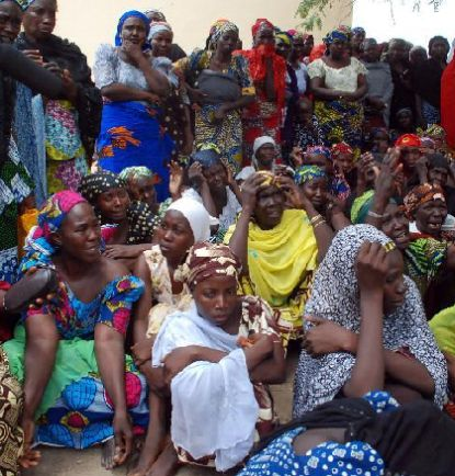 http://worldmeets.us/images/nigeria-mothers-abducted-girls_pic.jpg