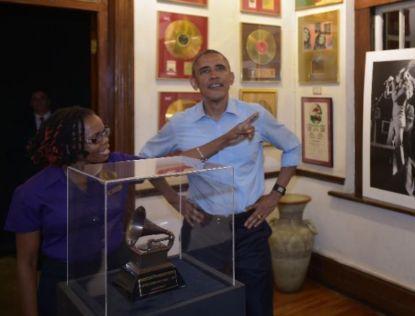 http://worldmeets.us/images/obama-bob-marley-museum_pic.jpg