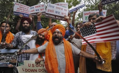 http://www.worldmeets.us/images/sikh-protest-us-massacre_pic.jpg