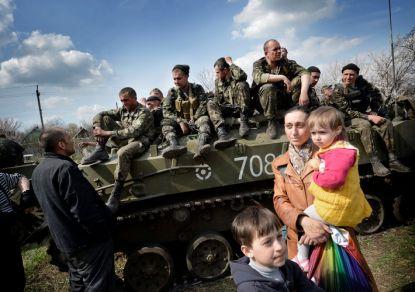 http://worldmeets.us/images/ukraine-tanks-change-sides_pic.jpg