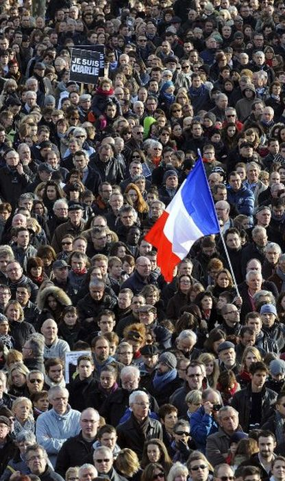 http://worldmeets.us/images/unity-rally-paris-crowd_pic.jpg